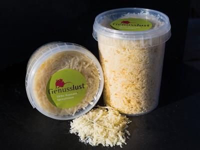 Parmigiano Reggiano – Geriebener Parmesan